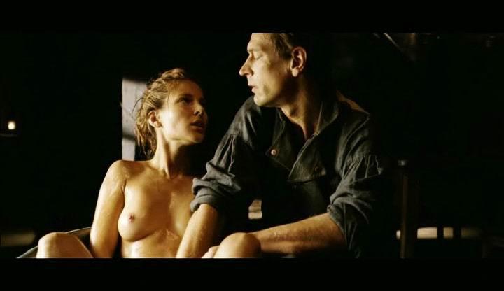 Elsa Pataky pillada desnuda 1