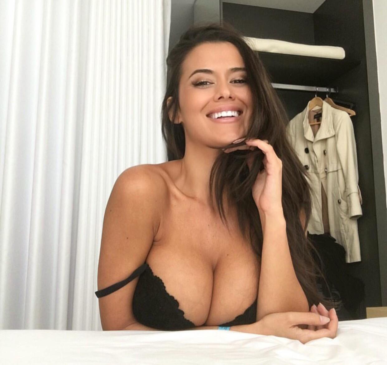 Eva Padlock porno 1