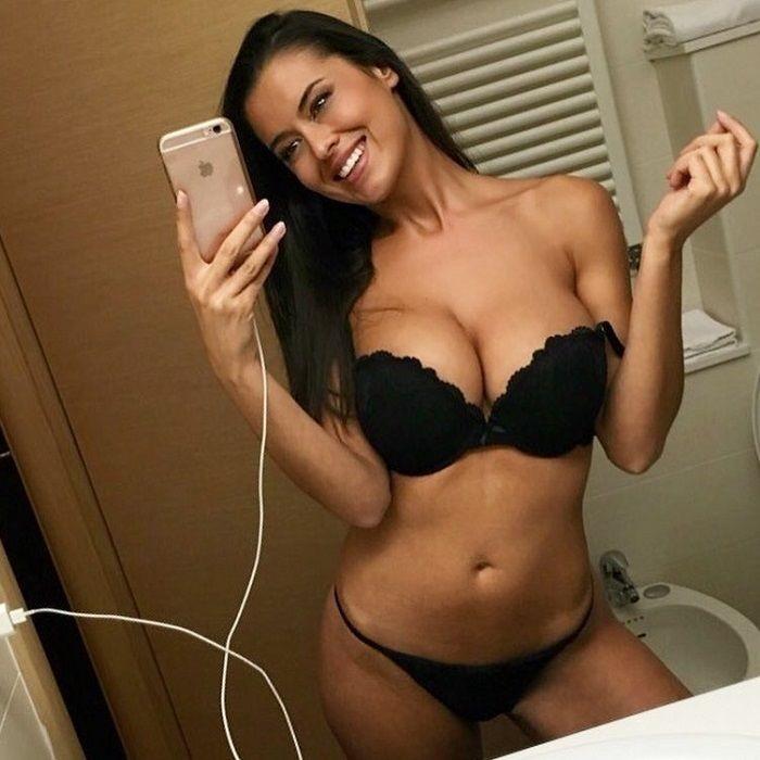 Eva Padlock porno