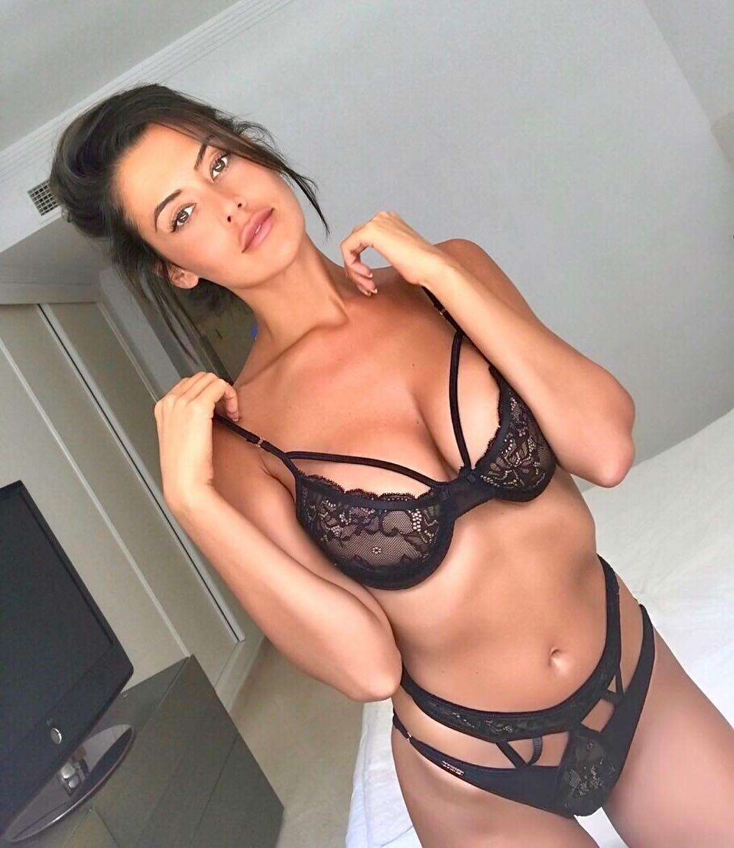 Eva Padlock vagina