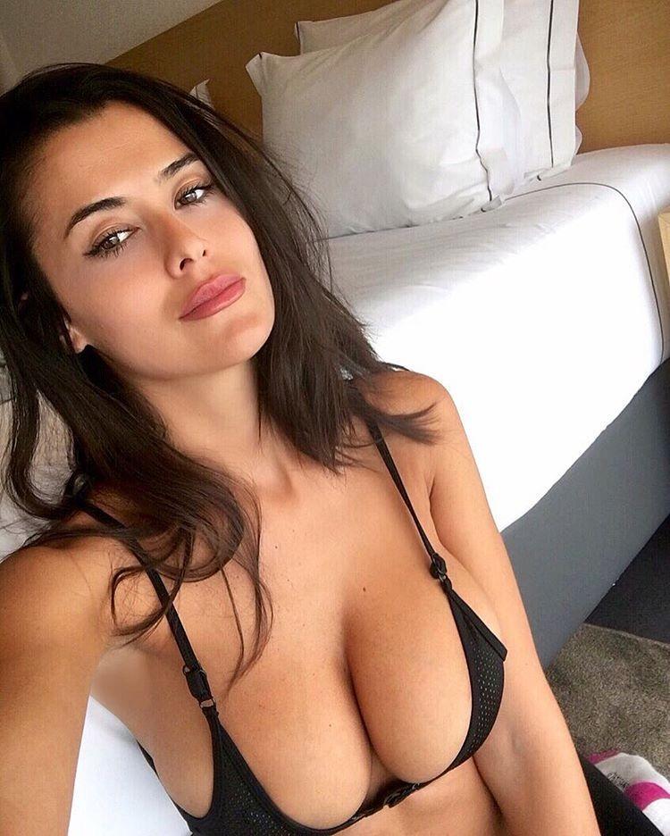 Eva Padlock vídeos famosas 2