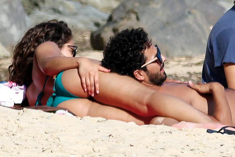 Hiba Abouk desnuda follando
