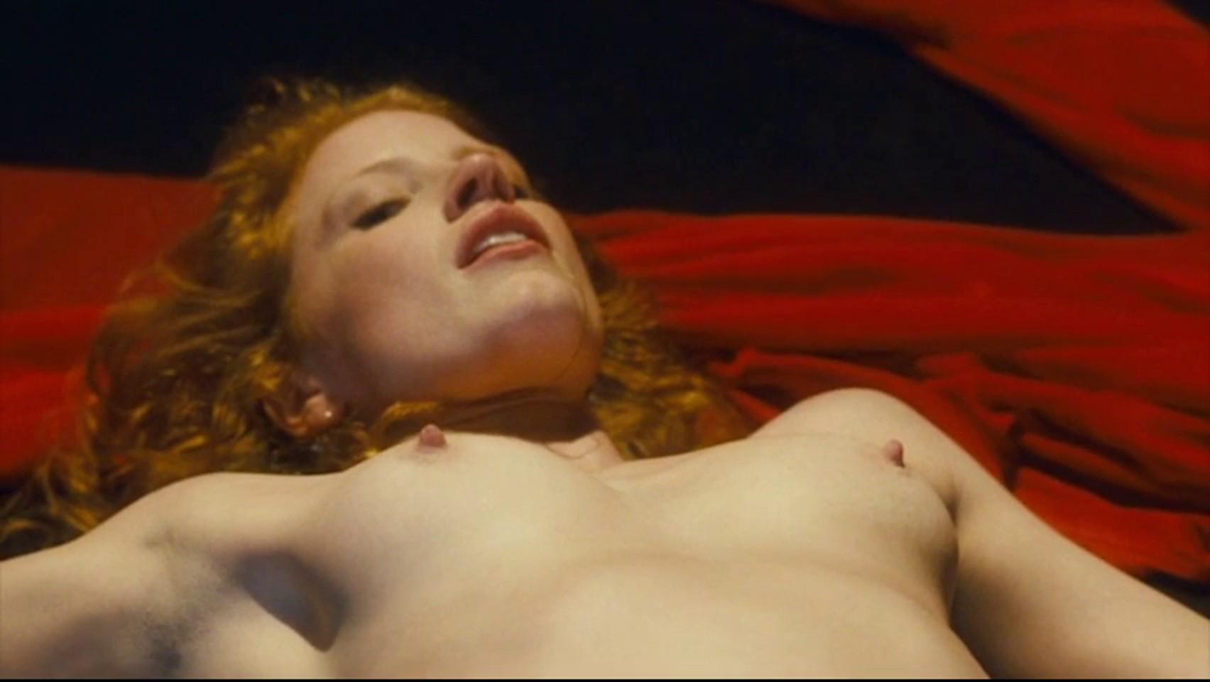 Jessica Chastain desnuda tetas