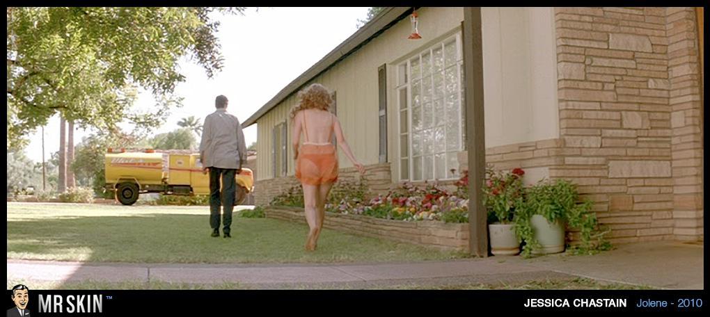 Jessica Chastain desnudándose