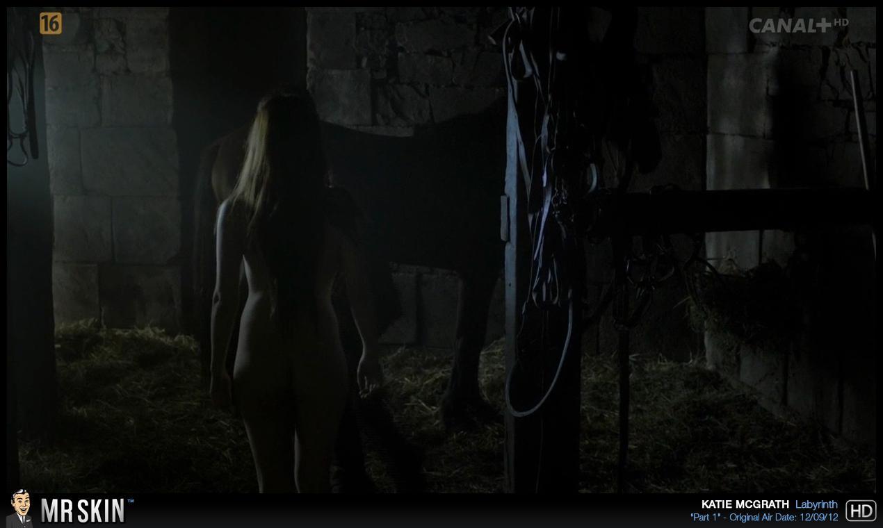 Katie McGrath desnuda follando