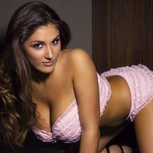 Lucy Pinder desnuda Vídeos y fotos filtrado