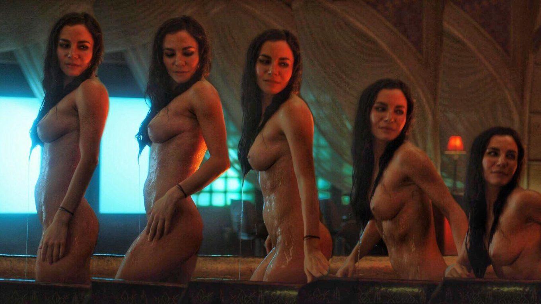 Martha Higareda desnuda