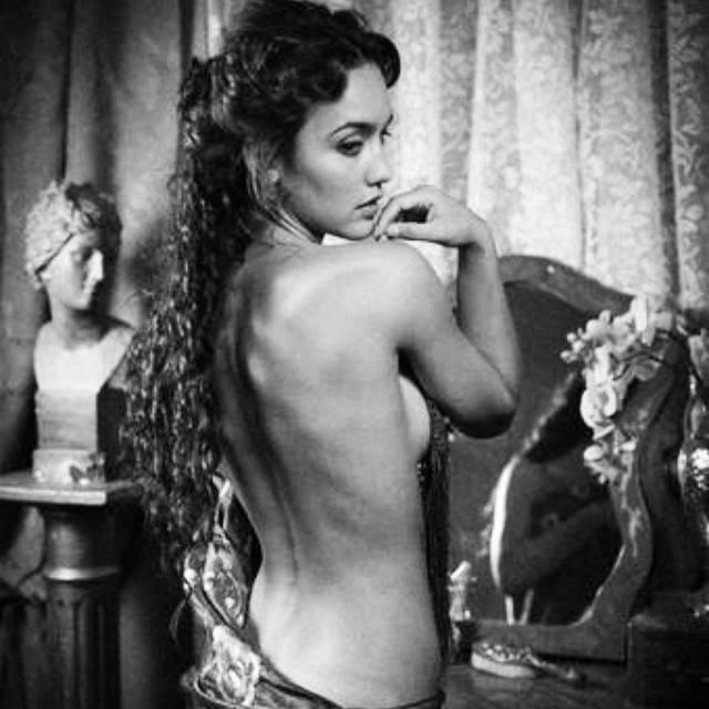 Megan Montaner nue vidéos