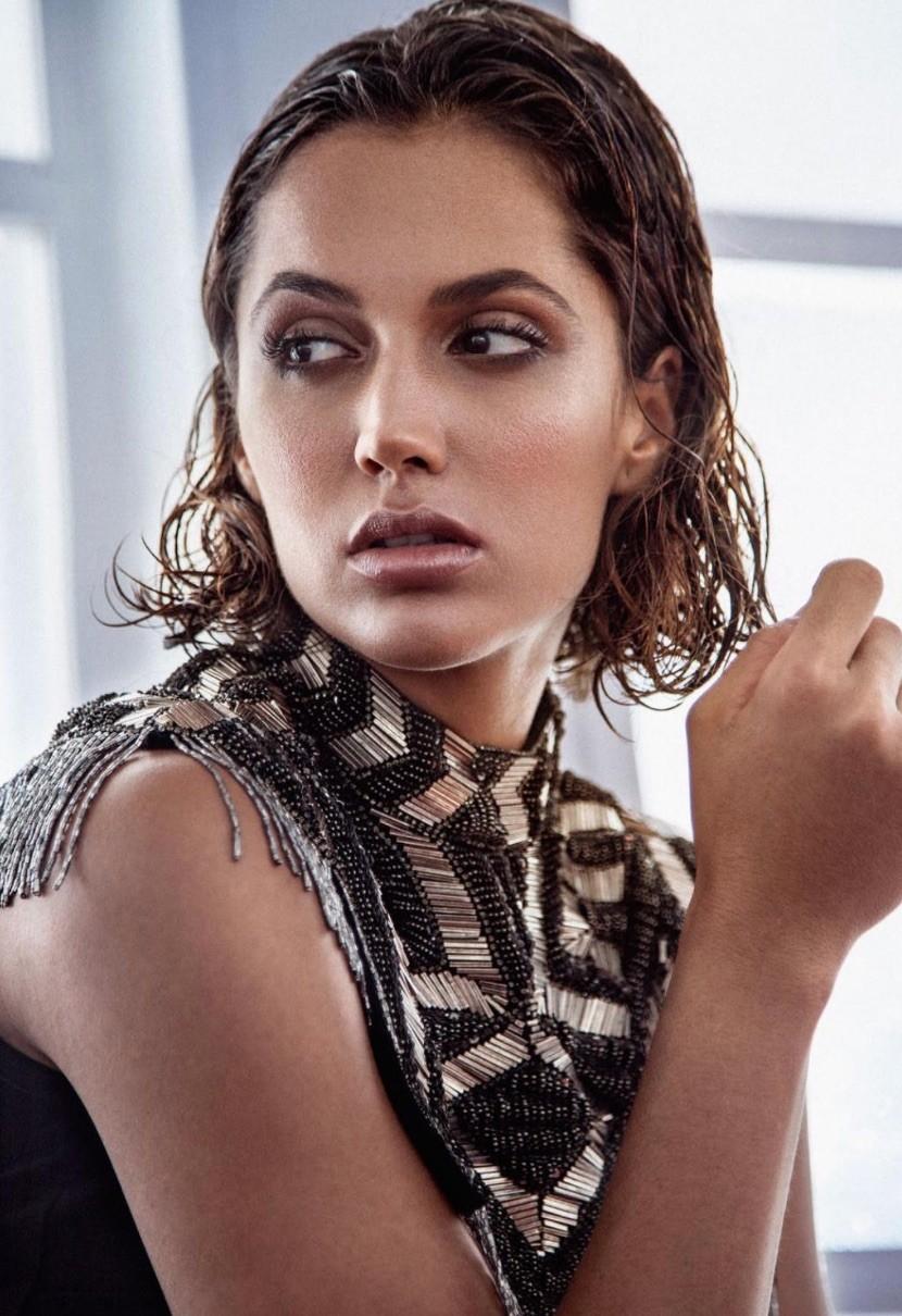 Michelle Calvo bella