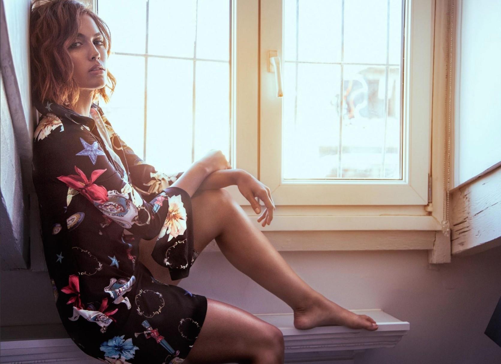 Michelle Calvo desnudarse