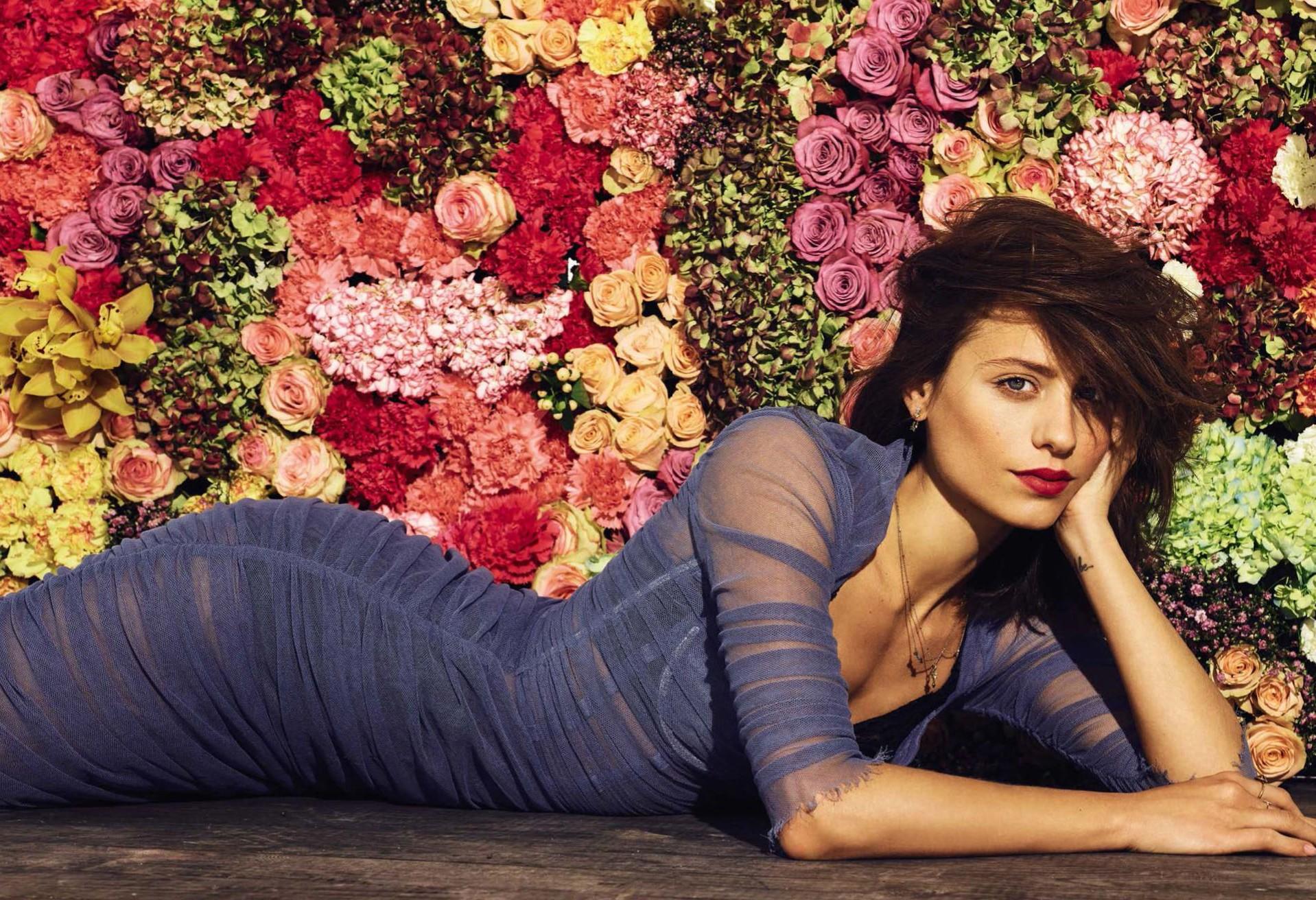 Michelle Jenner sin ropa