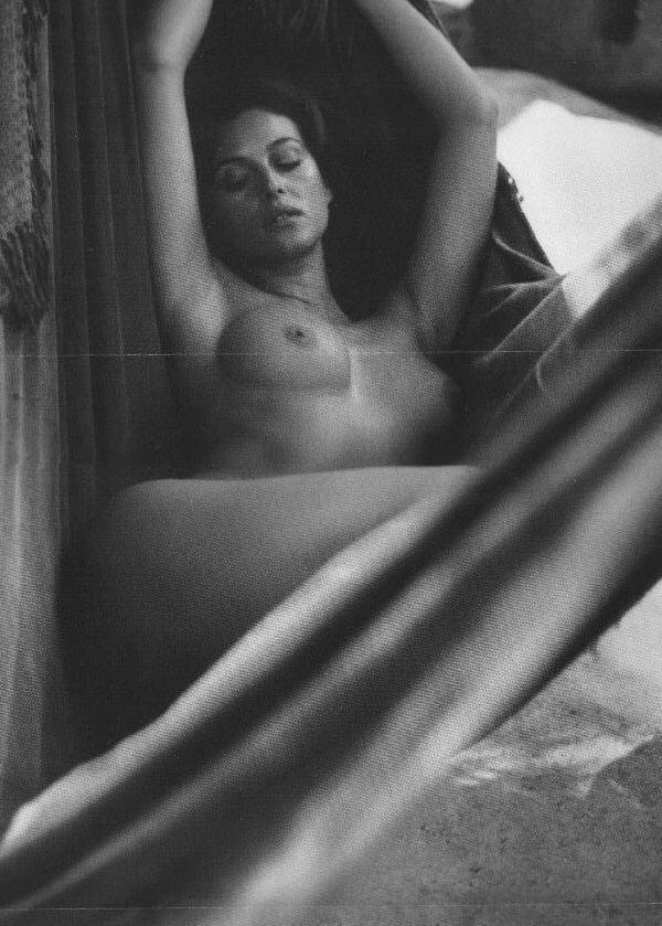 Monica Bellucci desnuda tetas