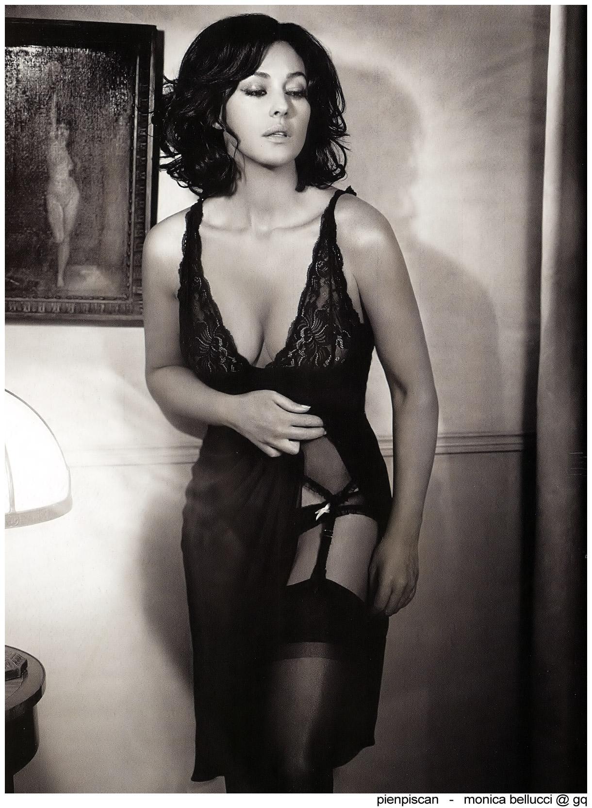 Monica Bellucci famosas desnudas fotos