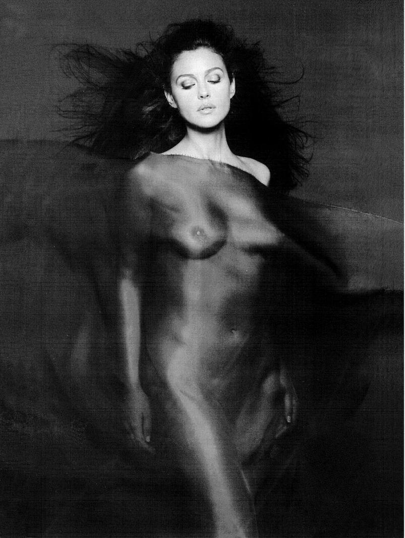 Monica Bellucci famosas xxx
