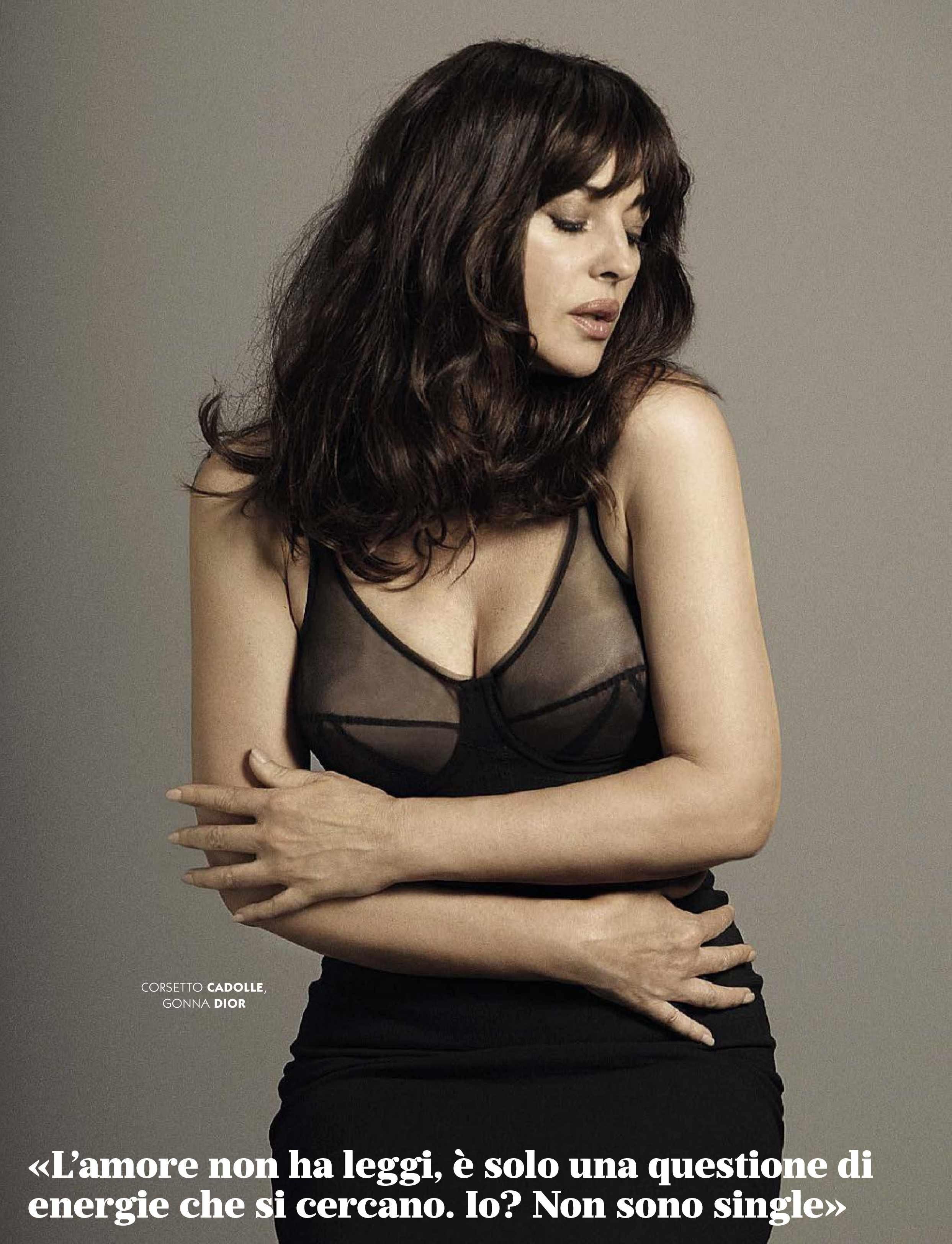 Monica Bellucci pillada desnuda