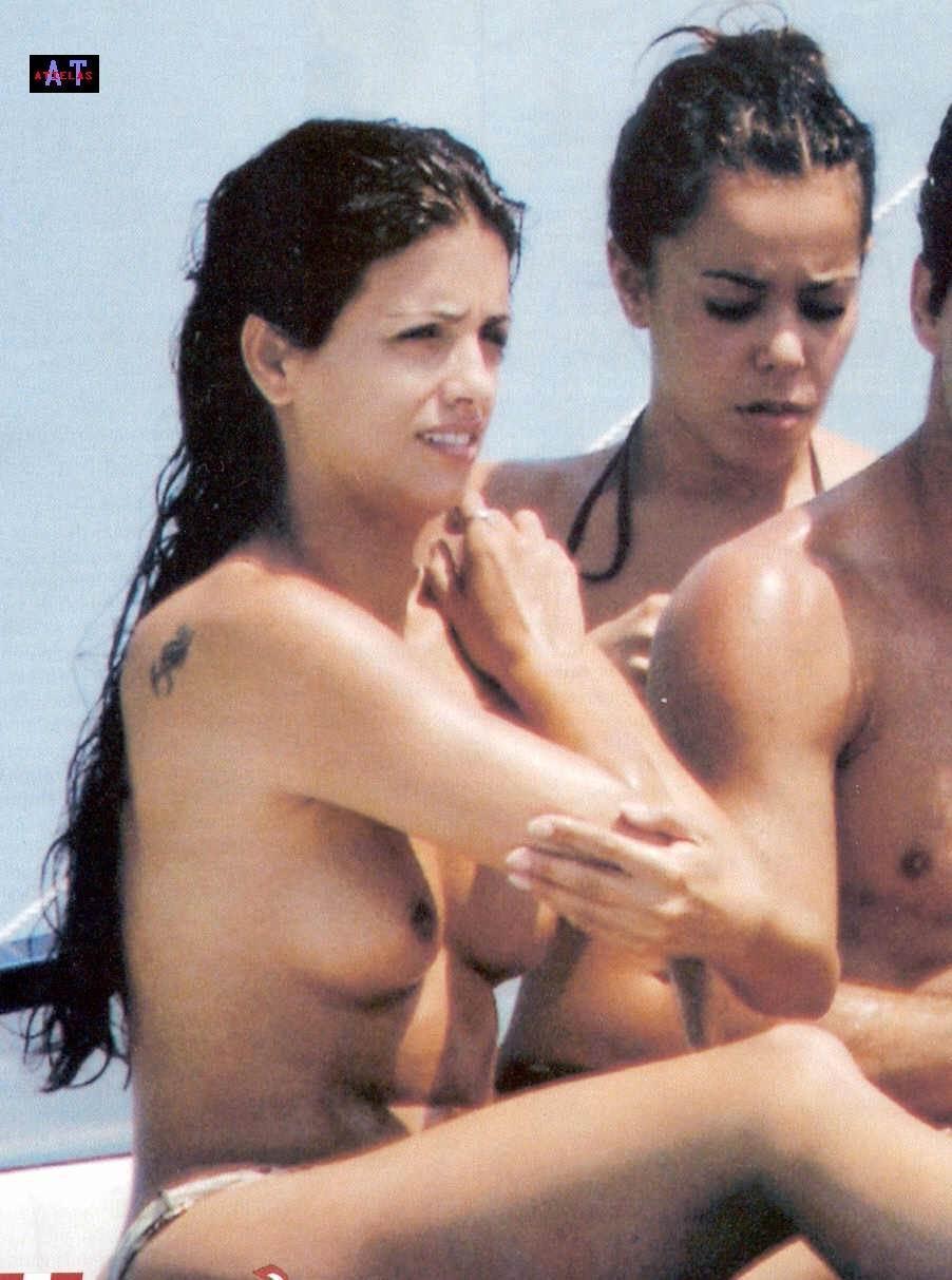 Monica Cruz pillada desnuda