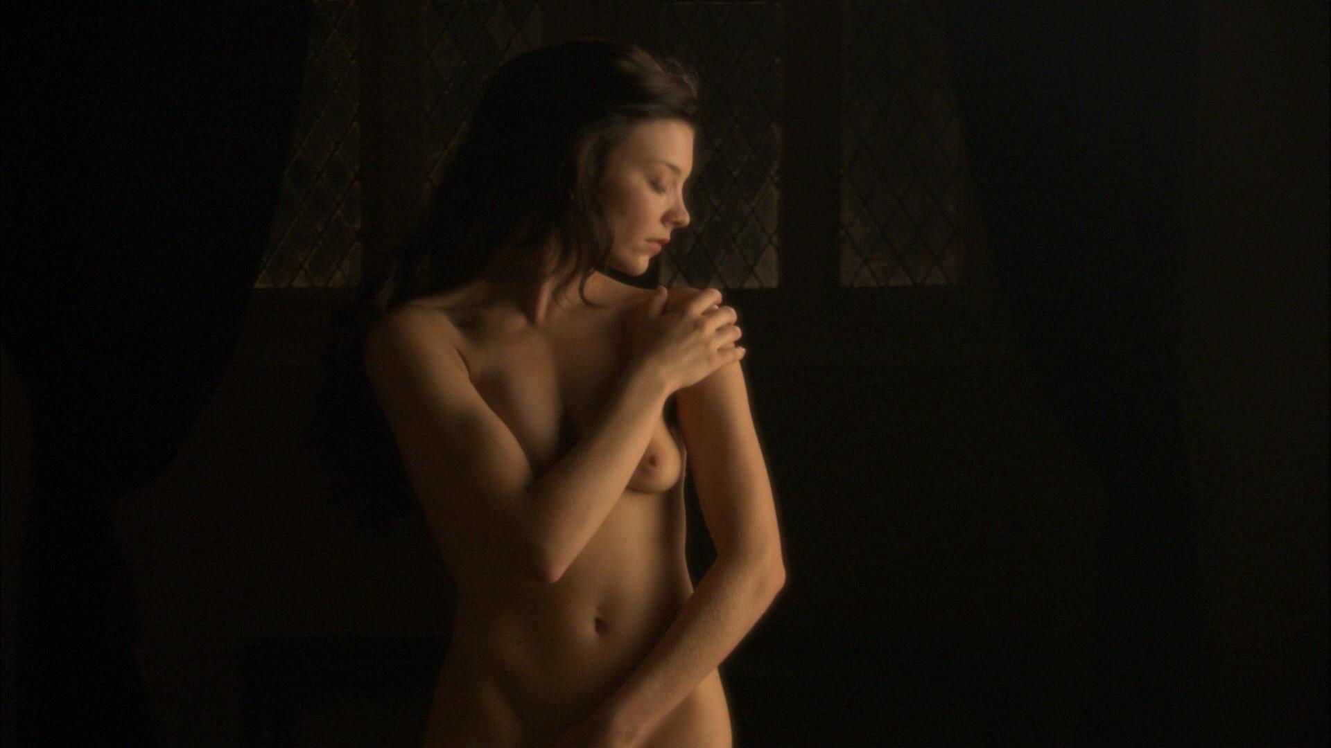 Natalie Dormer desnuda gratis