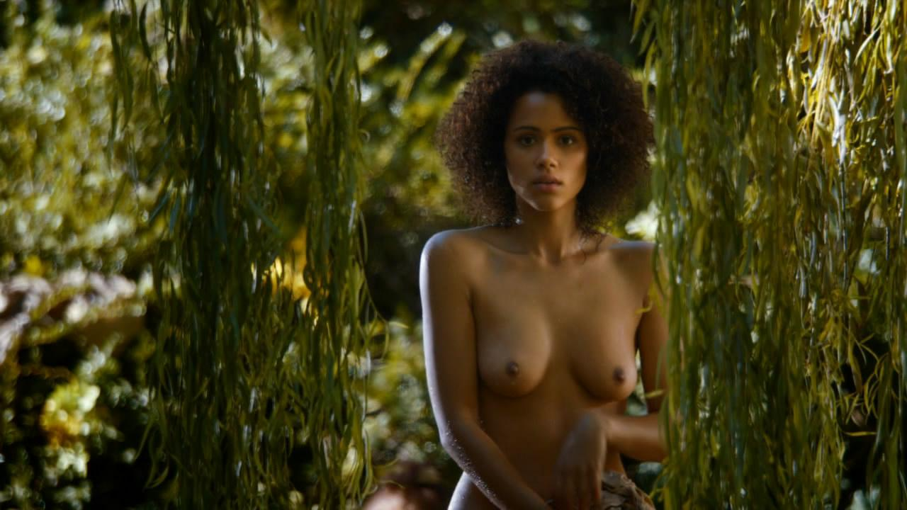 Nathalie Emmanuel desnuda follando