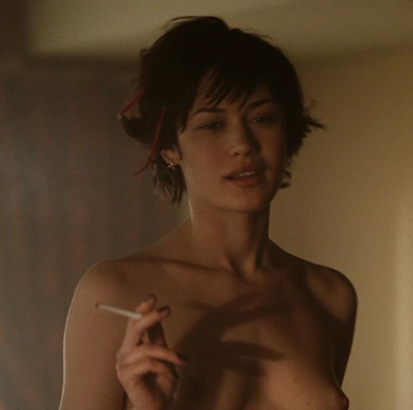 Olga Kurylenko desnudas