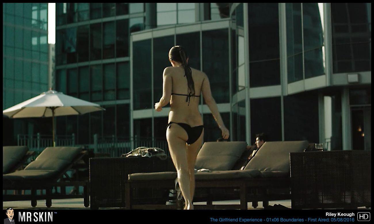 Riley Keough vídeo porno