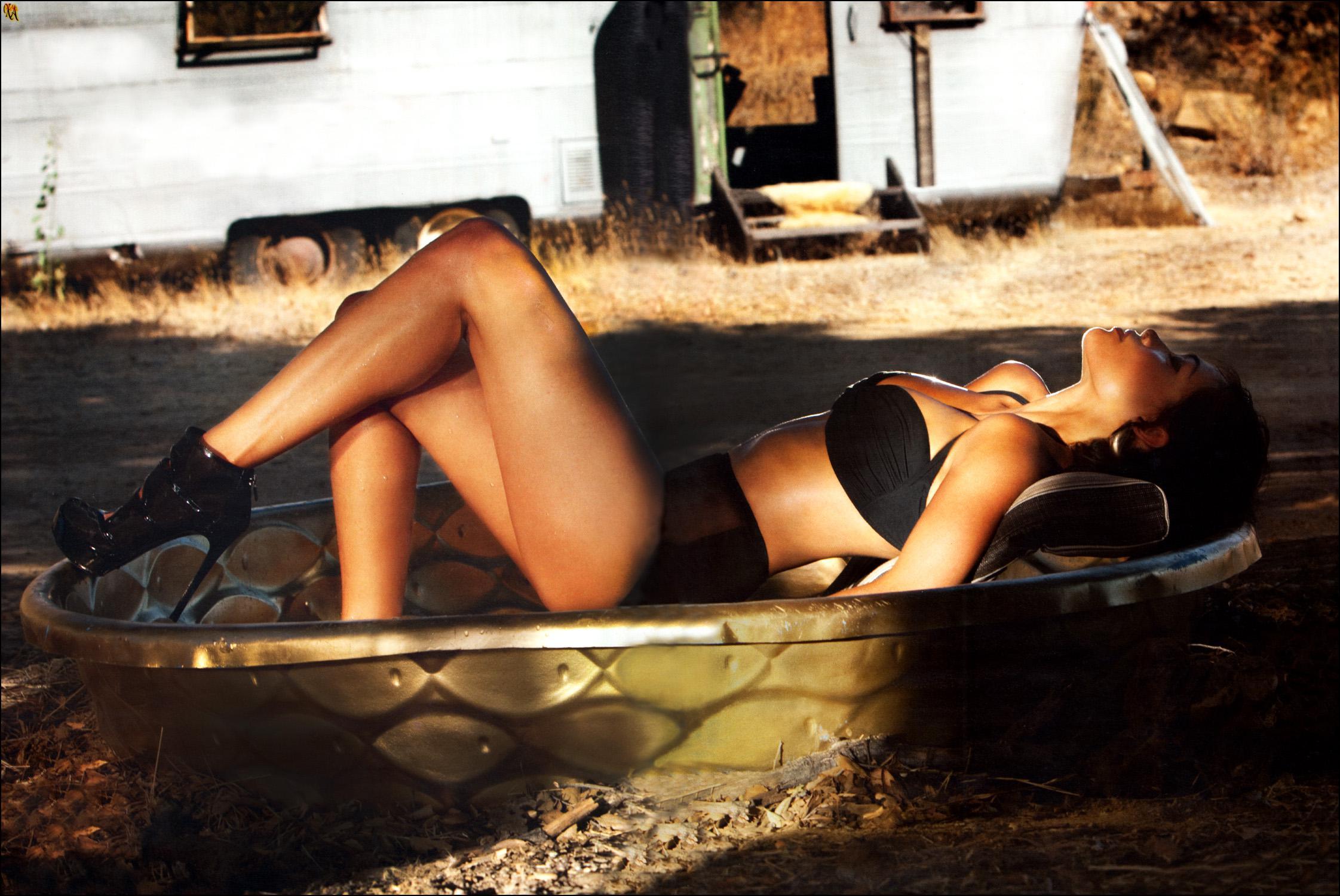 Rosario Dawson pillada desnuda 1
