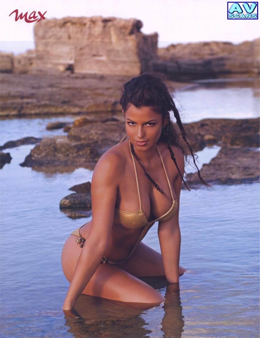 Sara Tommasi famosas desnudas fotos