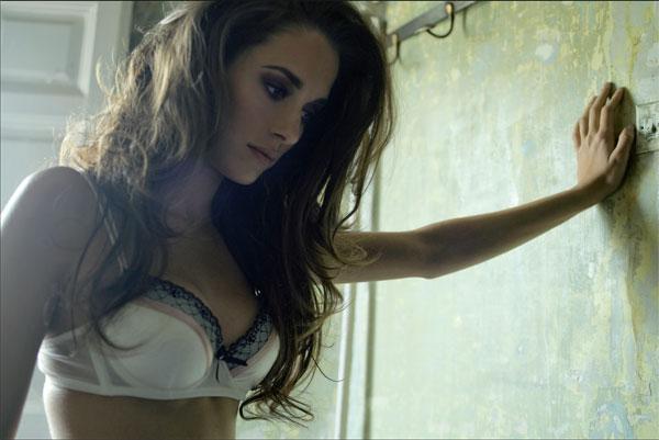 Silvia Alonso anal