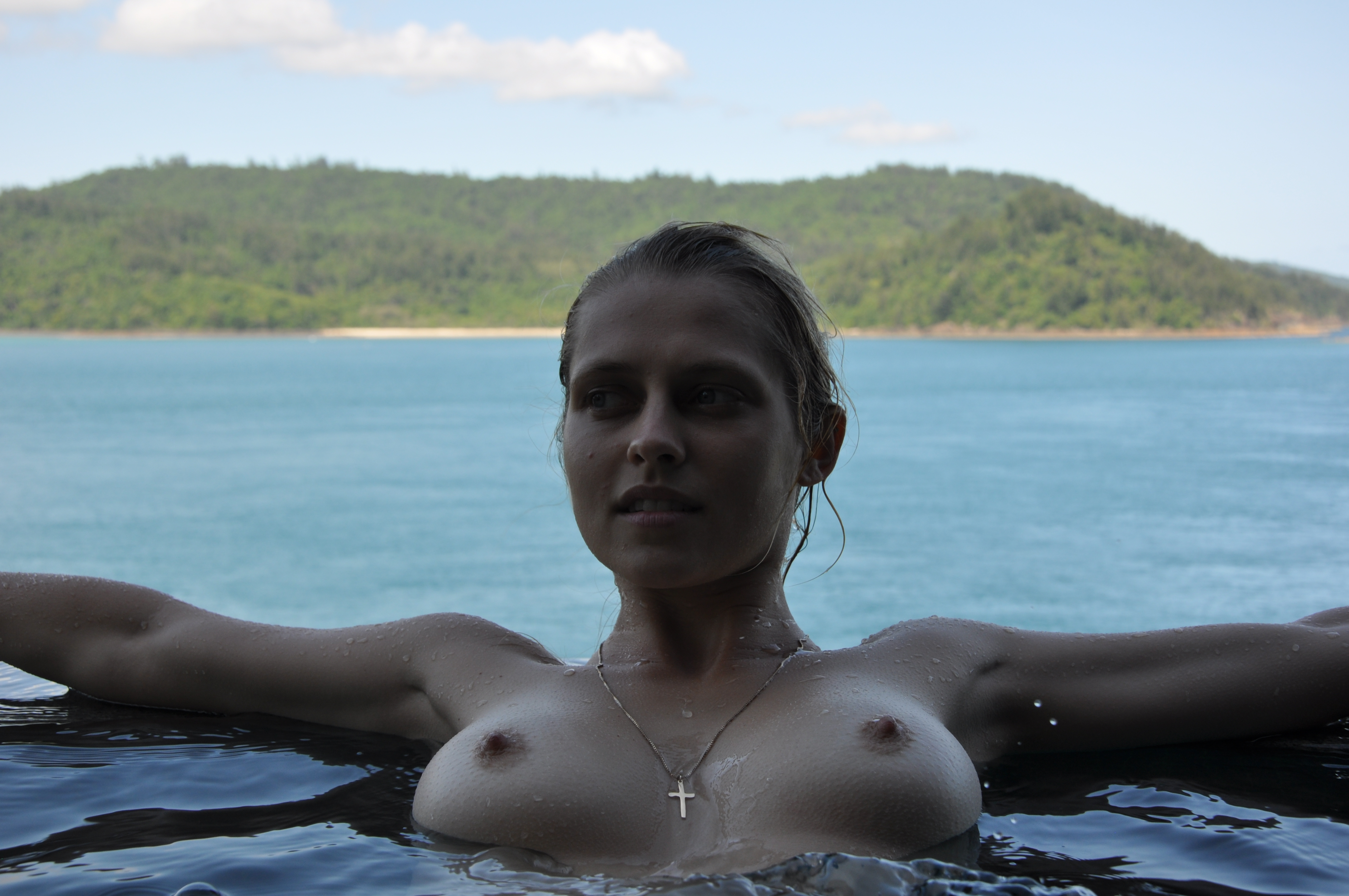Teresa Palmer adultos 1