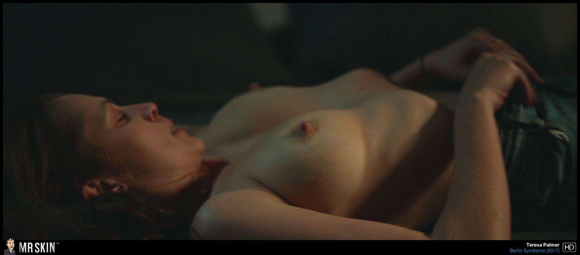 Teresa Palmer desnudas follando