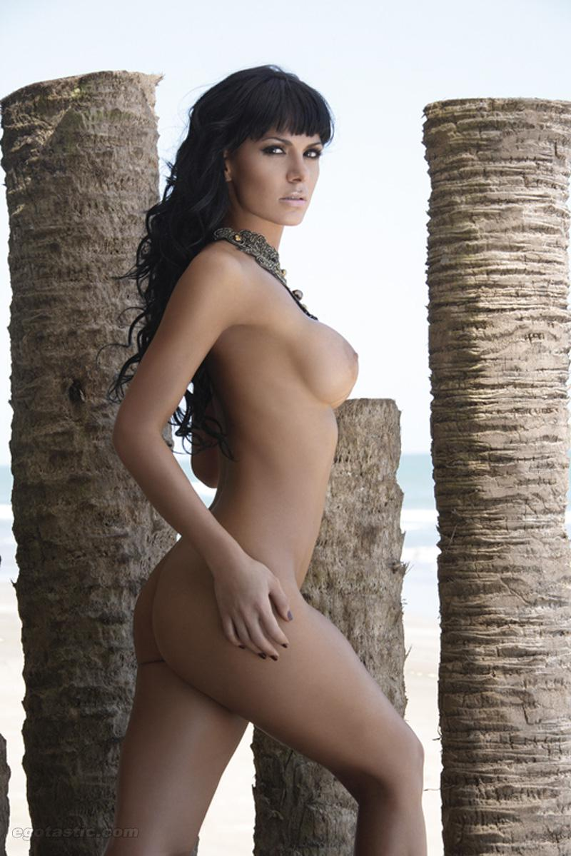 Vanessa Arias adultos
