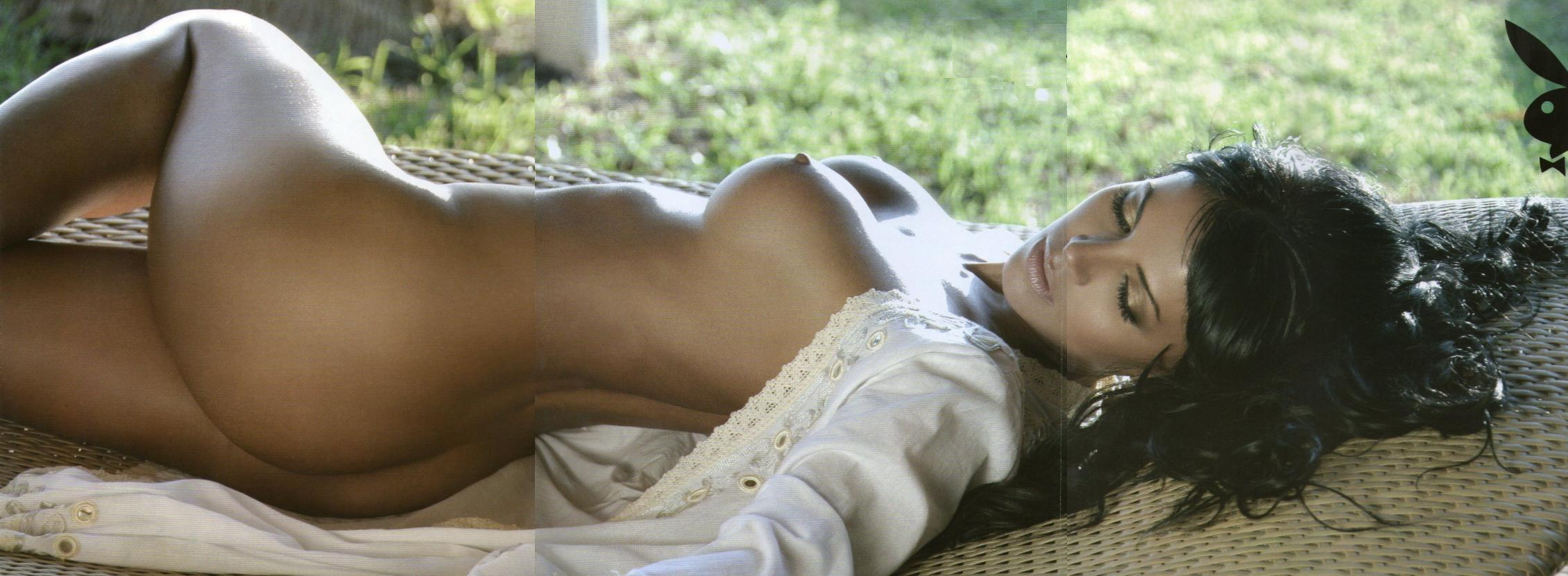 Vanessa Arias sin ropa interior