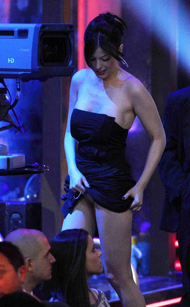 famosa Sara Tommasi desnuda