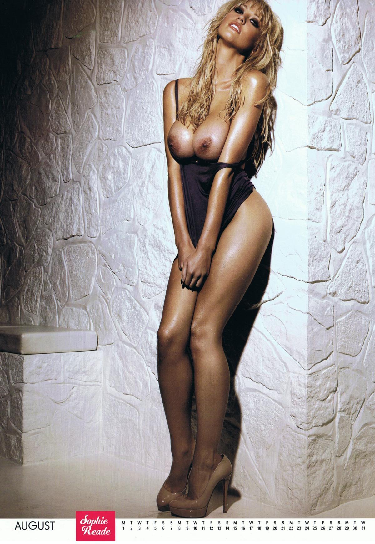 fotos de Sophie Reade desnuda