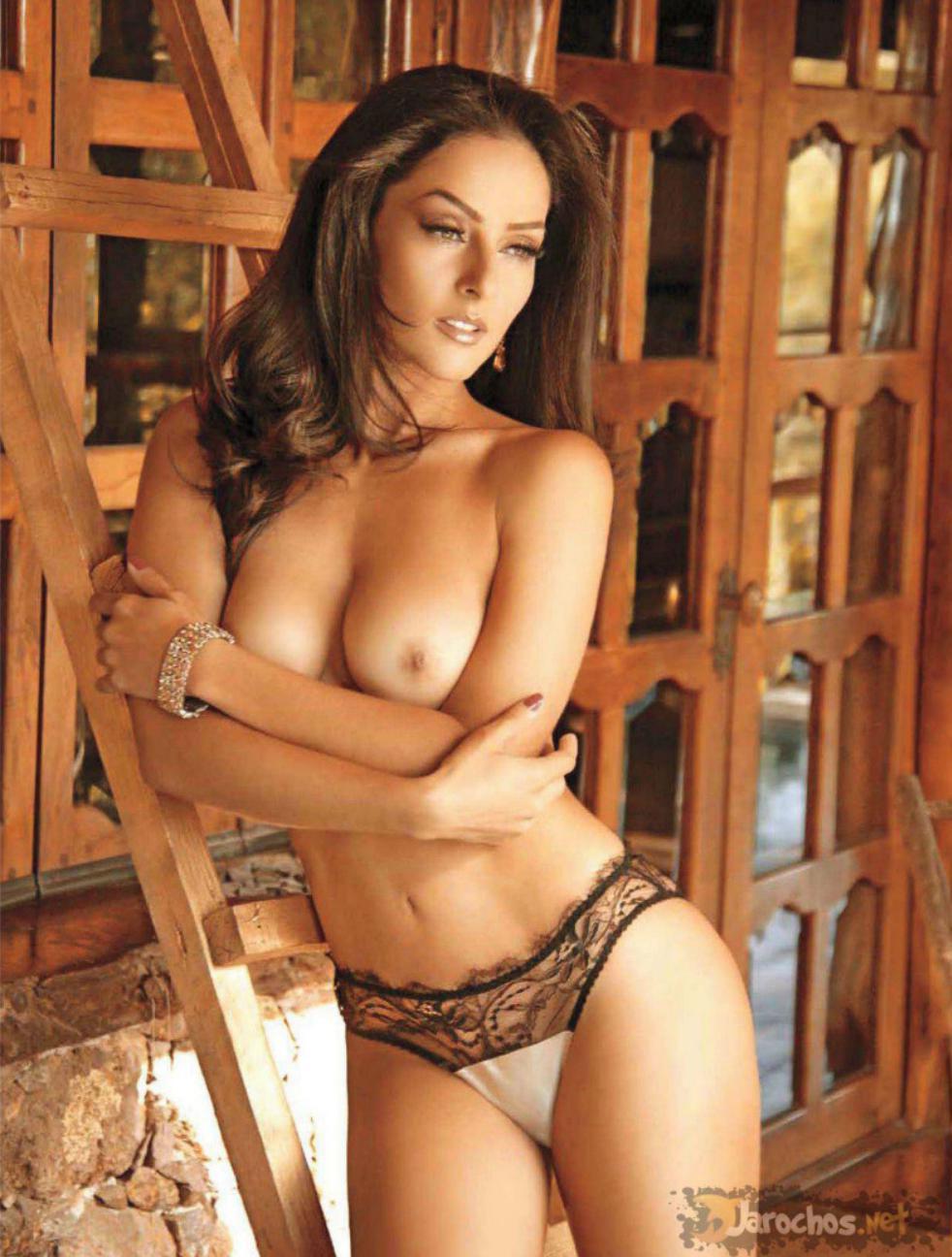 vídeo porn de Andrea Garcia sin ropa