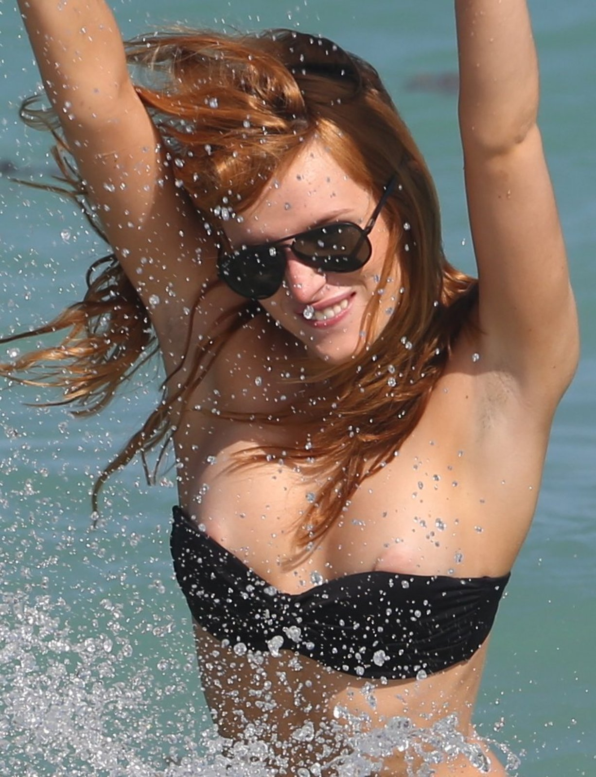 Bella Thorne desnudarse