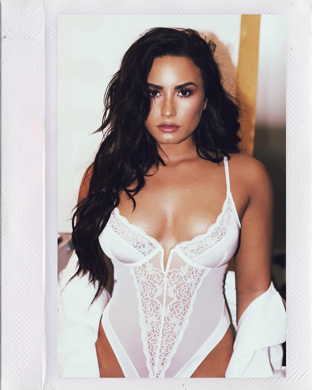 Demi Lovato cuerpo 1