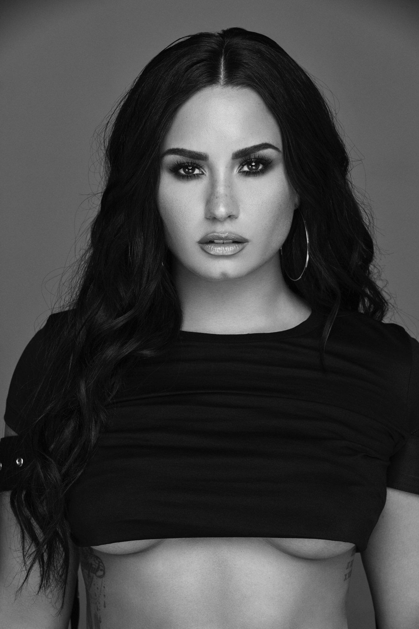 Demi Lovato joven
