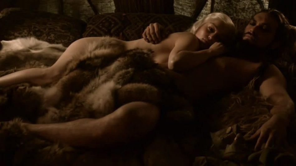 Emilia Clarke duro
