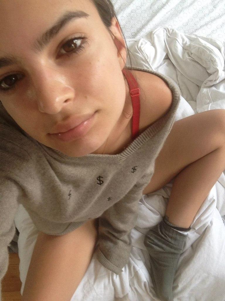 Emily Ratajkowski vídeos desnuda 2