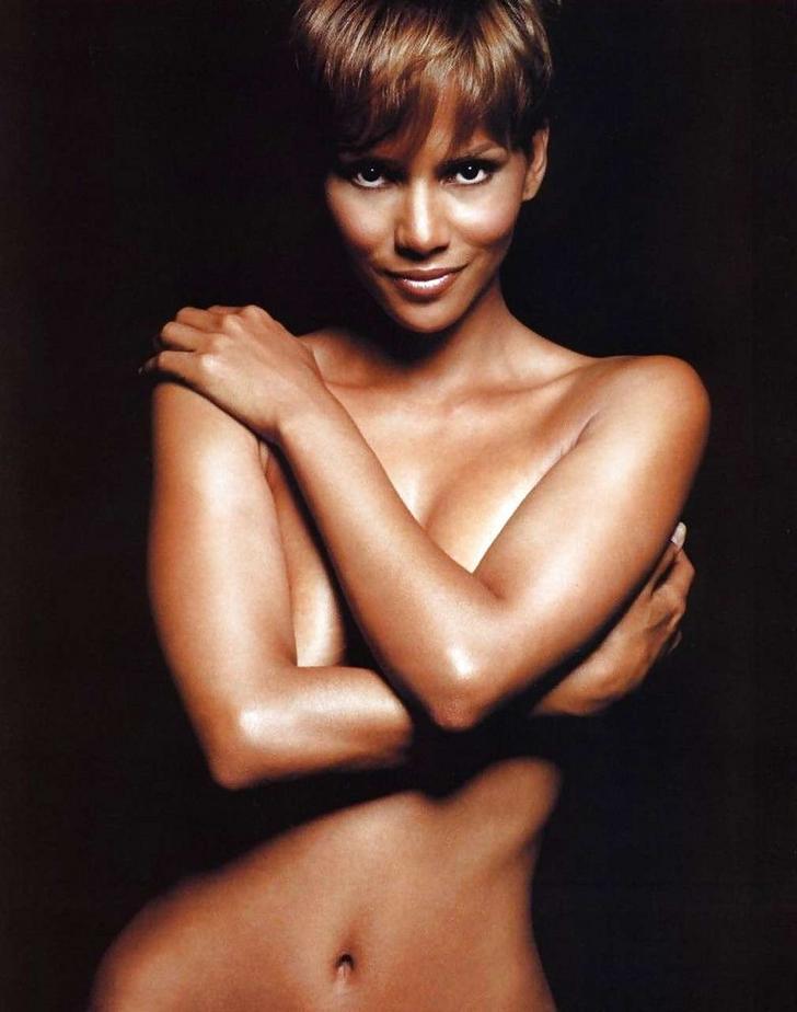 Halle Berry desnuda vídeo