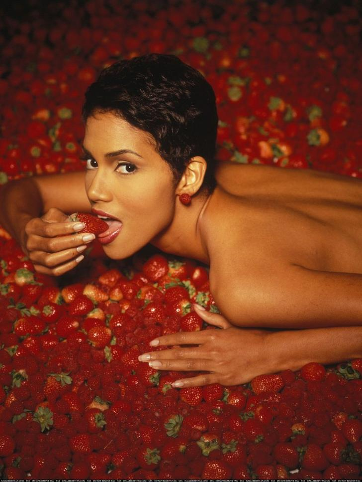 Halle Berry fotos famosas desnudas