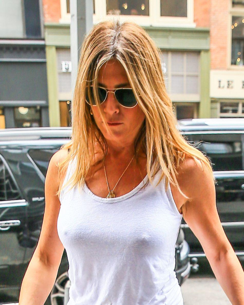 Jennifer Aniston desnuda sin censura