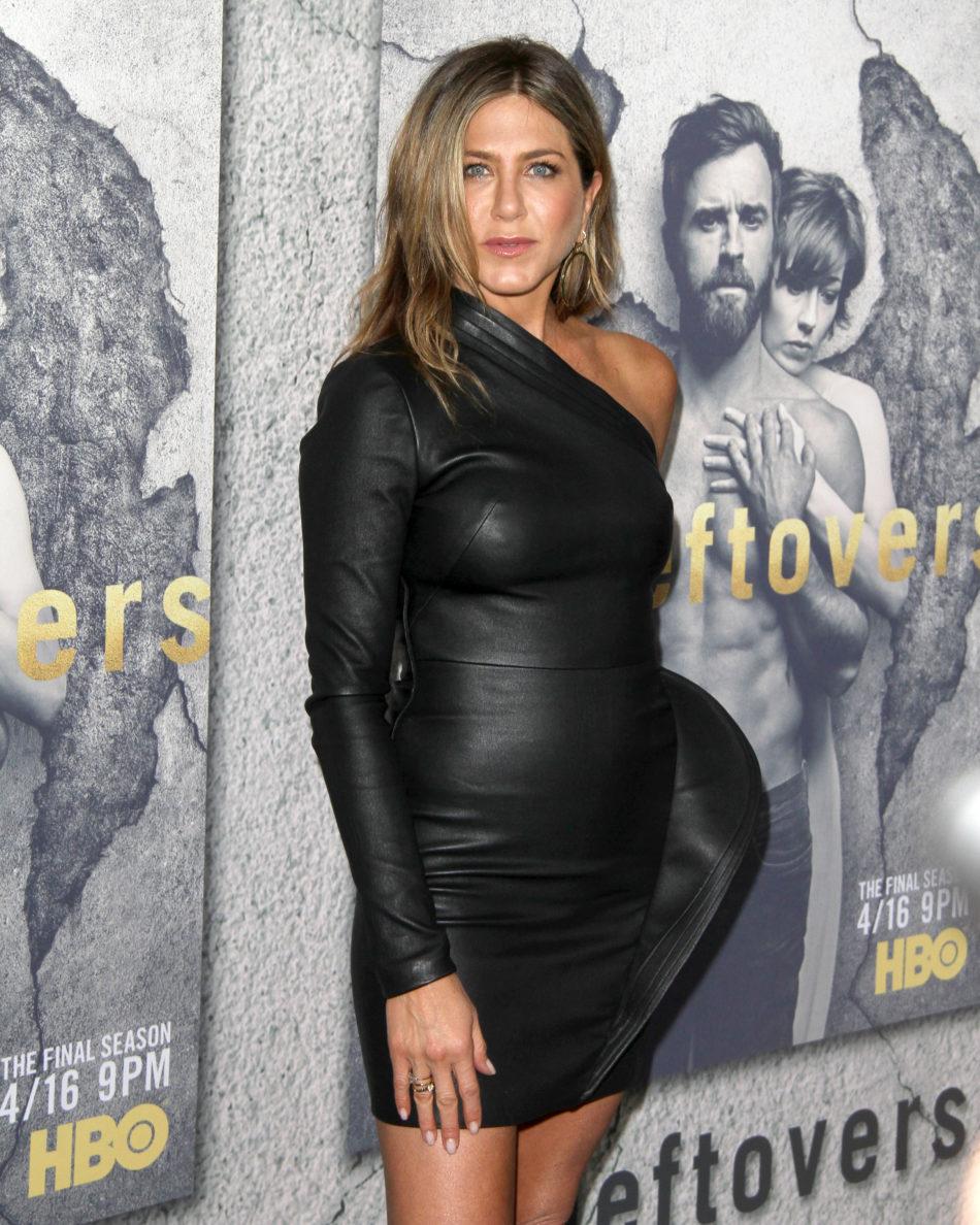Jennifer Aniston desnudo