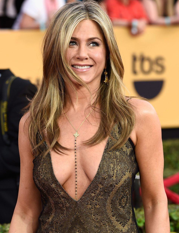 Jennifer Aniston famosas follando