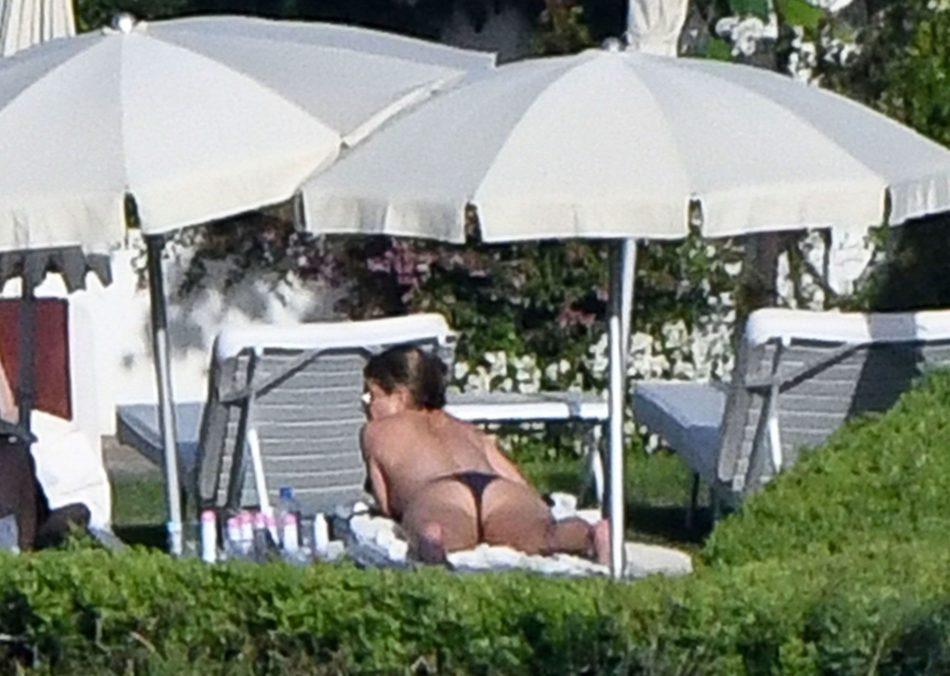 Jennifer Aniston sexo anal