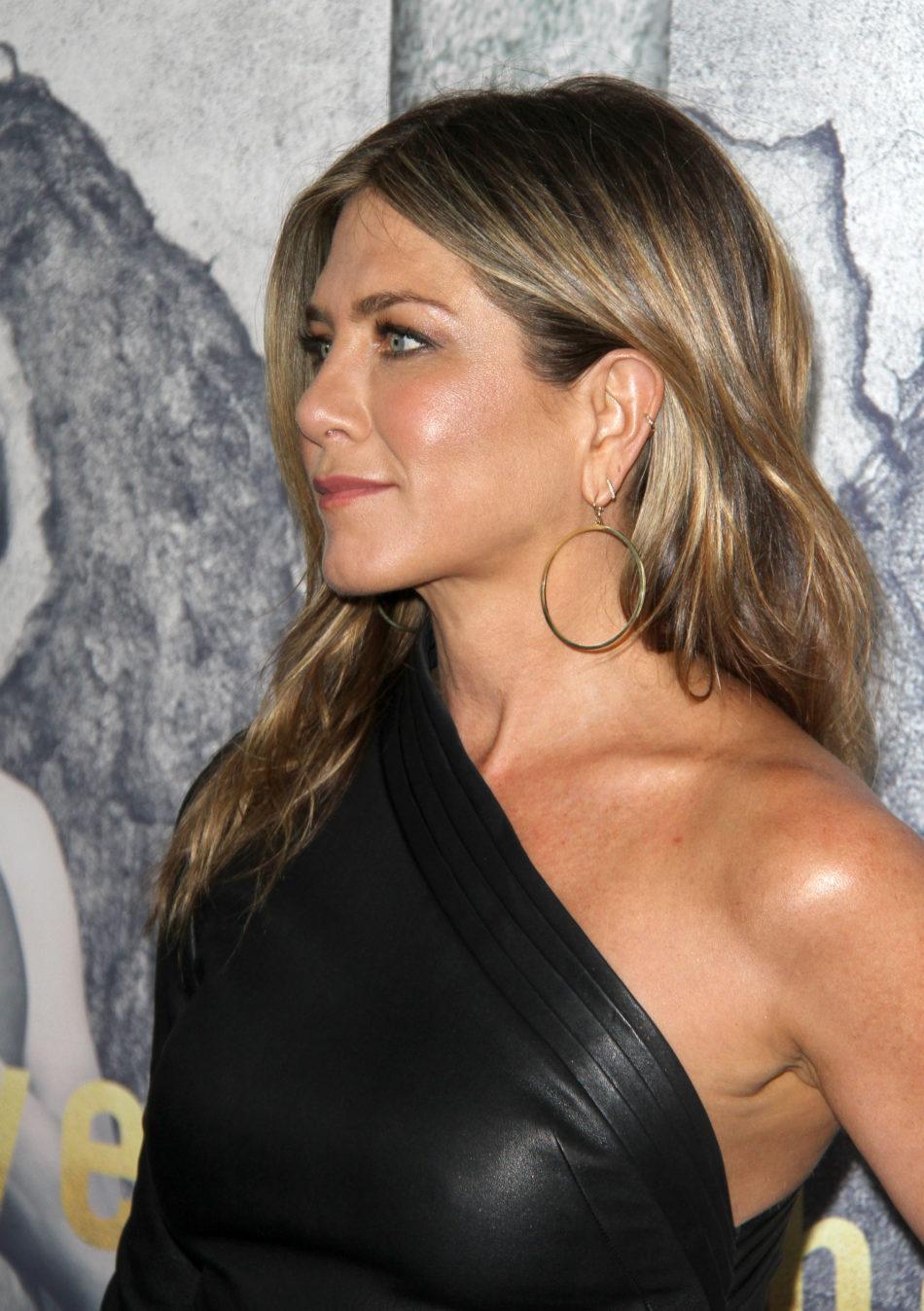 Jennifer Aniston tetonas 1