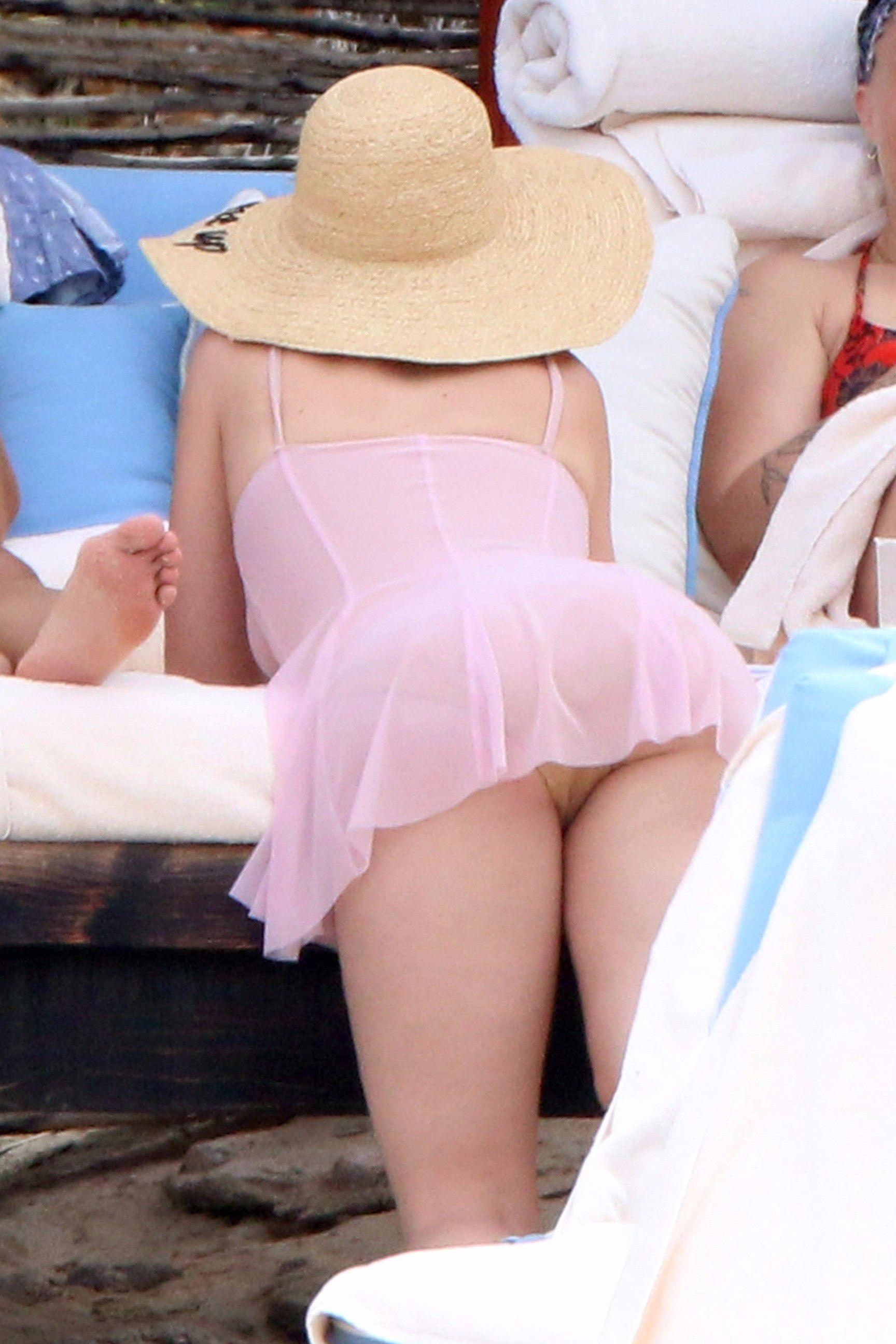 Katy Perry desnuda follando 1