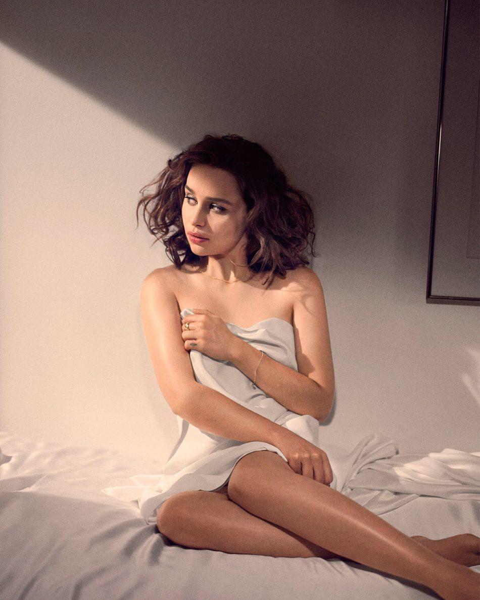 desnuda Emilia Clarke