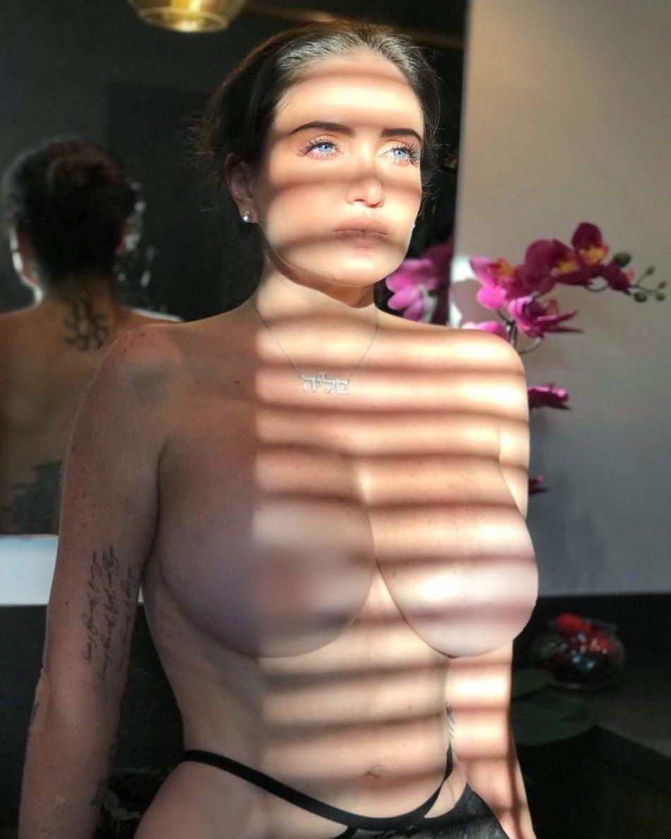 Celia Lora desnuda follando
