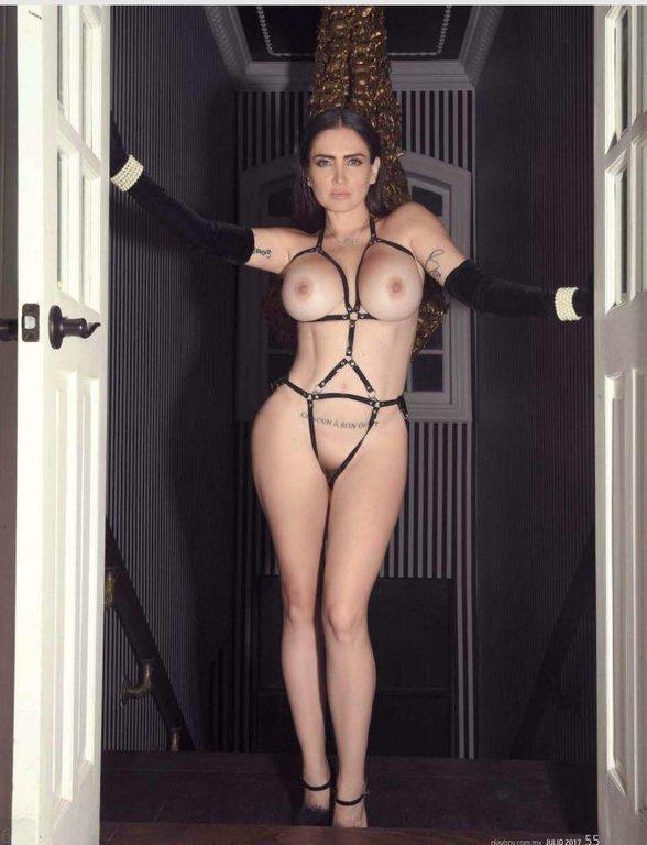 Celia Lora sexo